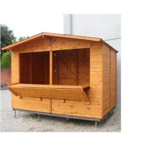 Chiosco in legno attrezzato